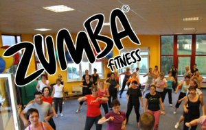 Sportkurs Zumba Physiomed Therapiezentrum Rehasportverein Schönfelder Hochland e.V.